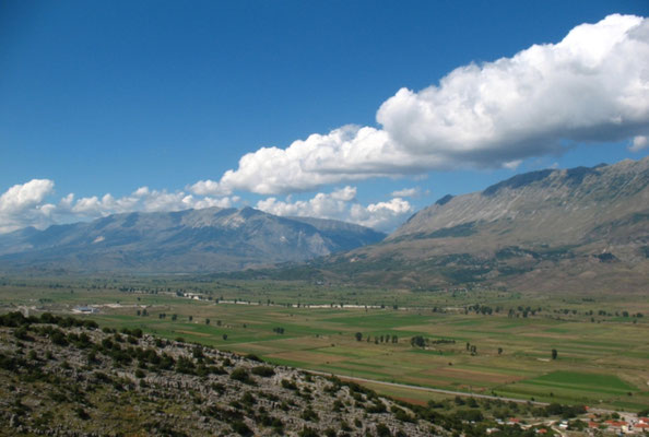 Drinos Valley - Albania