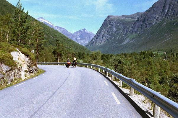 Approaching Trollstigen - Meiardalen - Western Norway