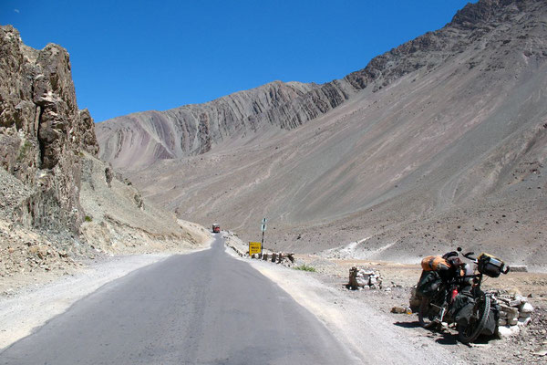 Cycling Indus Valley - Ladakh