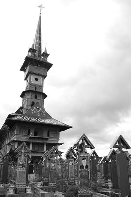 Cimitirul Vesel - Maramures - Northern Romania