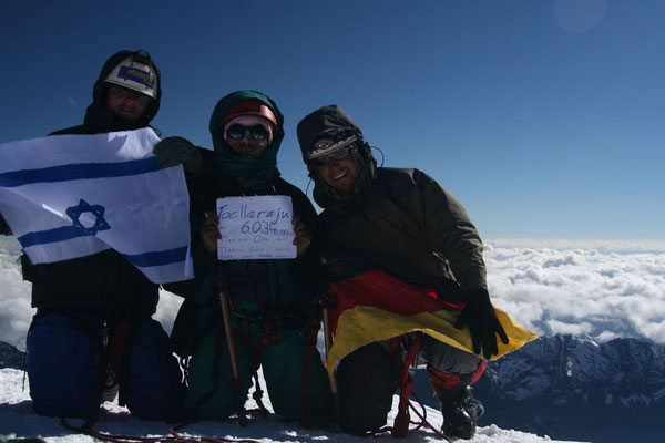 Vladimir, Jose and me at Tocclaraju summit 6,034 m - Cordillera Blanca