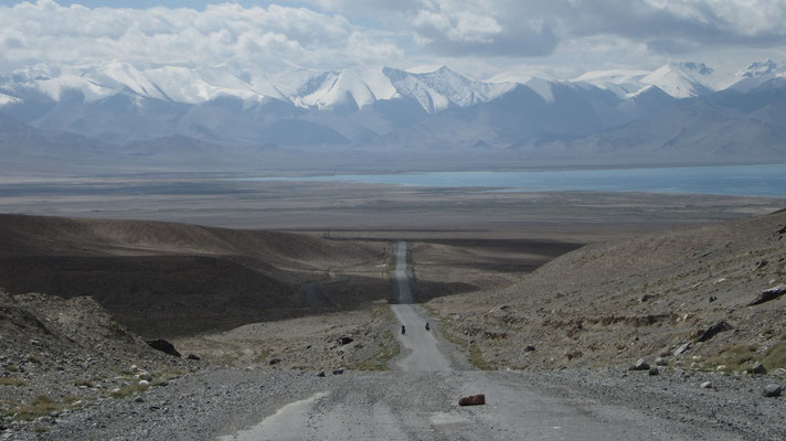 Leaving Karakul Lake - Pamir Mountains - Tajikistan