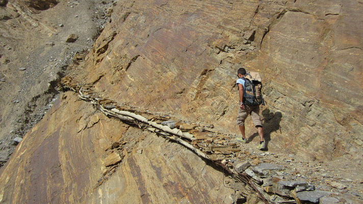 Hiking the hanging paths of Darshai - Tajikistan