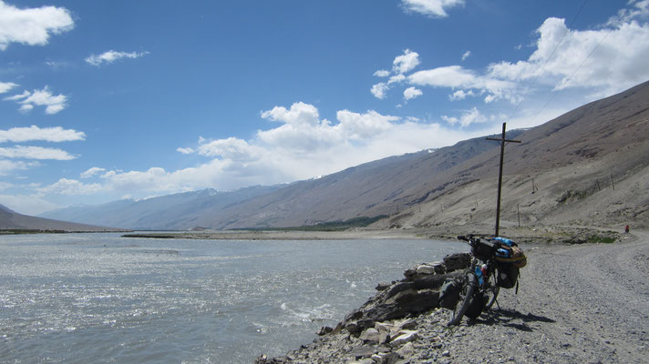 Cycling Wakhan Valley - Tajikistan