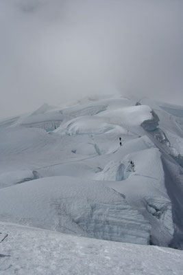 Heading back - Tocclaraju - Cordillera Blanca