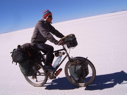 Cycling Salar de Uyuni