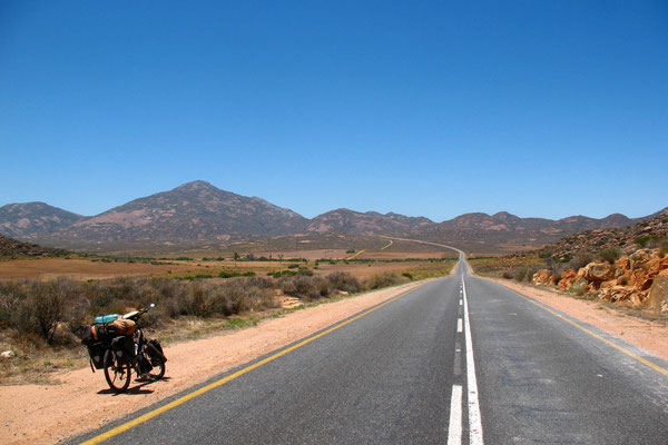 Highway N7 south of Springbok - Northern Cape - Northwestern South Africa
