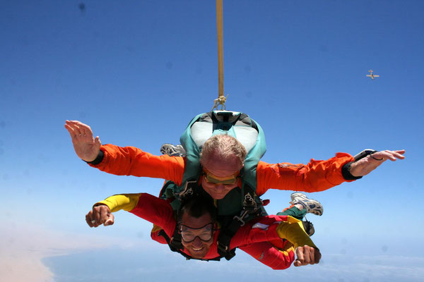 Michael and me in free fall - Skydiving in Swakopmund