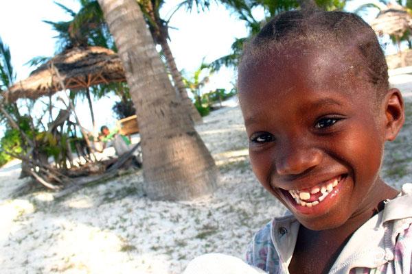 Swahili girl - Bwejuu Beach - Zanzibar Island