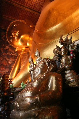 Giant Buddha at Wat Pho - Bangkok