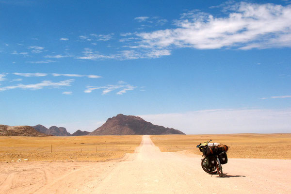 Cycling Highway C14 - Namib Desert