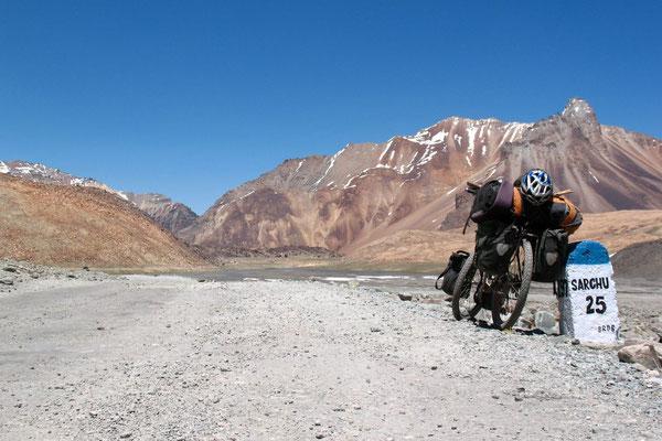 Approaching Sarchu - Himachal Pradesh