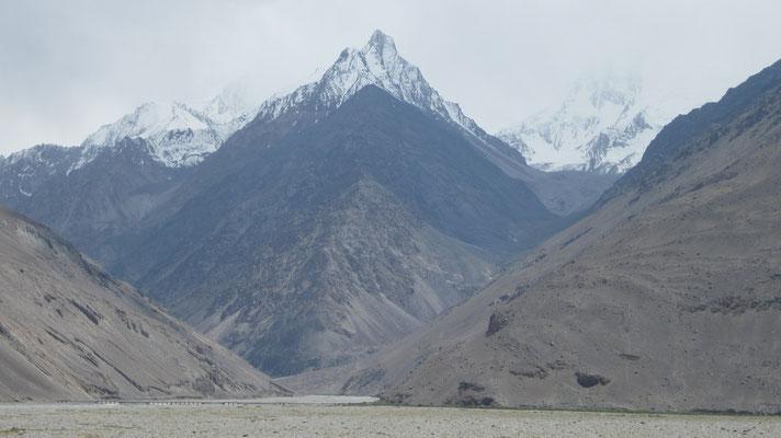 Hindukush Range - Afghanistan and Pakistan