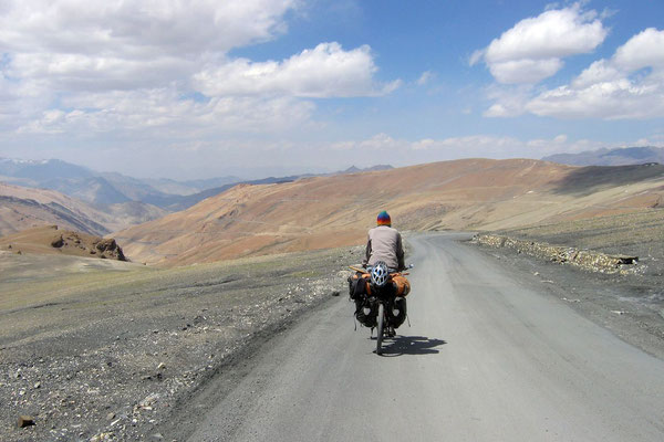 Cycling Manali-Leh-Highway - Ladakh