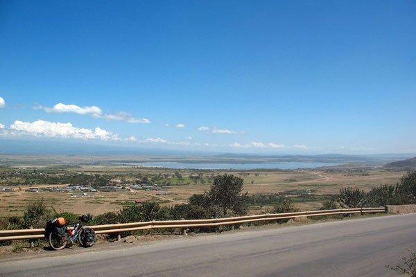 Heading north - Lake Elmenteita