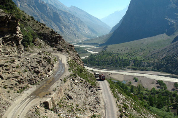 South of Darcha - Manali-Leh-Highway - Himachal Pradesh