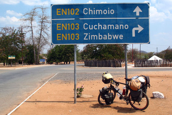Heading for Zimbabwe - Tete Corridor