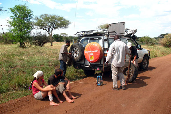 Puncture stop - Serengeti National Park