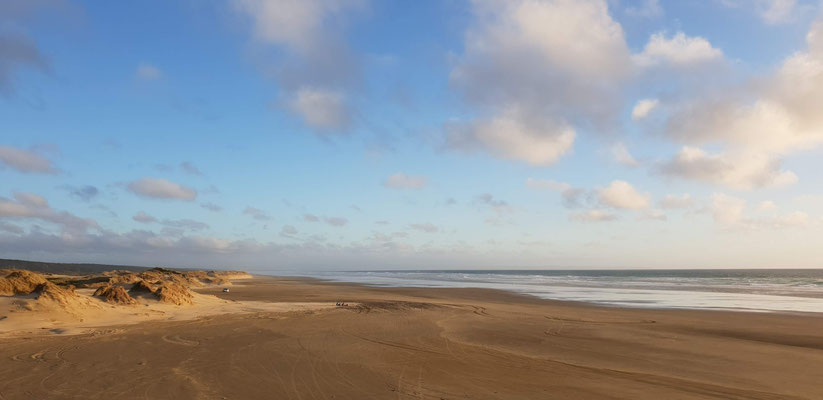 Ninety Mile Beach - North Island