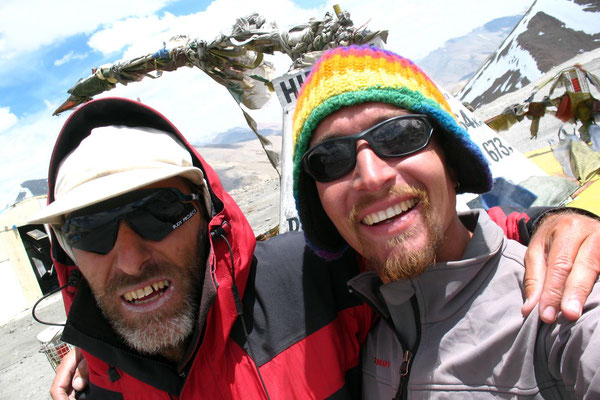 Hugo and me at Taglang La - 5,328 m - Ladakh