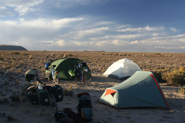 Camp beside the road - Altiplano