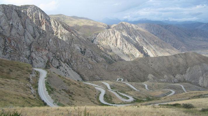 Road leading to Ak-Tal - Kyrgyzstan