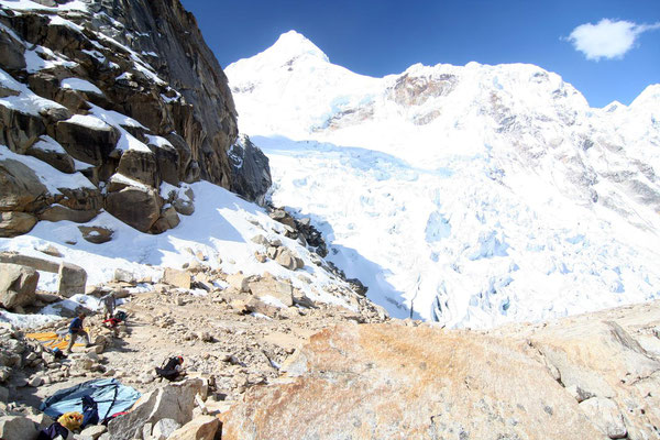 Tocclaraju Camp 1 - 5,100 m - Cordillera Blanca