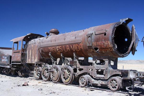 Train Cemetary - Uyuni