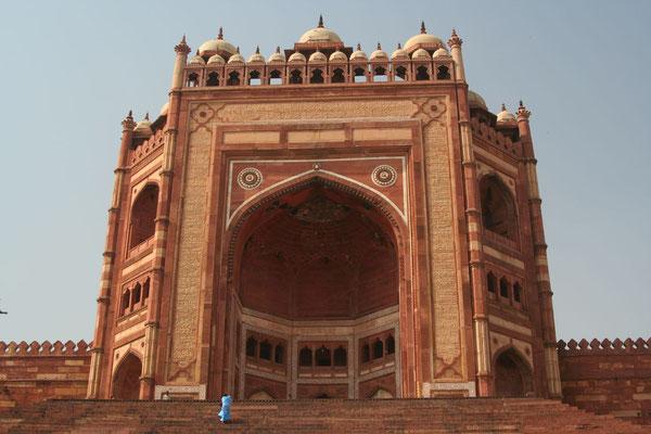 Victory Gate Buland Darwaza at Jama Masjid - Fatehpur Sikri - Uttar Pradesh