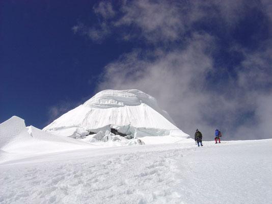 Approaching Tocclaraju summit - Cordillera Blanca