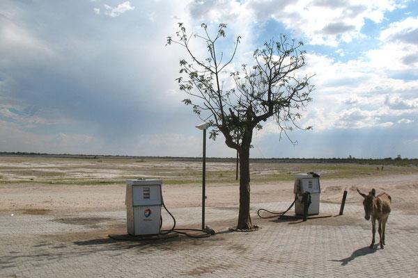 Petrol station in Tsootsha - Kalahari Desert - Western Botswana