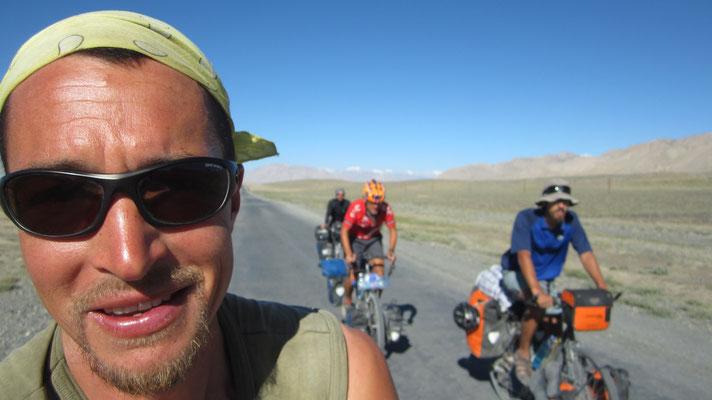 Patrick, Victor, Fabian and me - Pamir Highway - Tajikistan