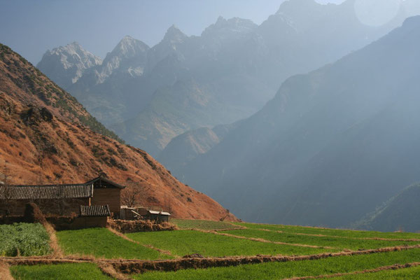 Tiger Leaping Gorge - Close to the Tibetan border