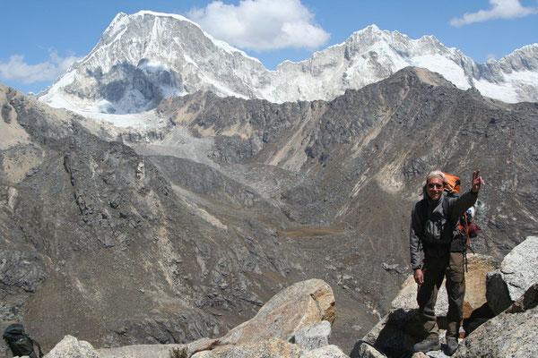 Approching Camp 1 - Tocclaraju - Cordillera Blanca