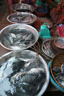 Talat Khua Din Market - Vientiane