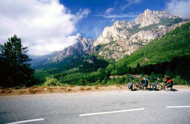 Cycling Col de Bavella 1,218 m - Southeastern Corsica