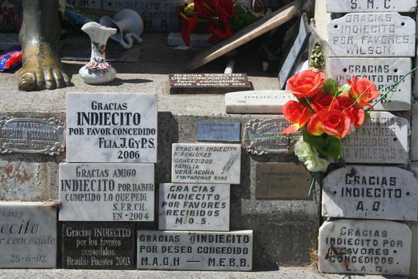 Selk´nam Monumental at Cementerio Municipal - Punta Arenas