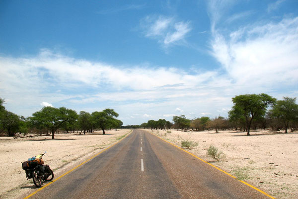 Crossing Eastern Kalahari Desert - Trans Kalahari Highway
