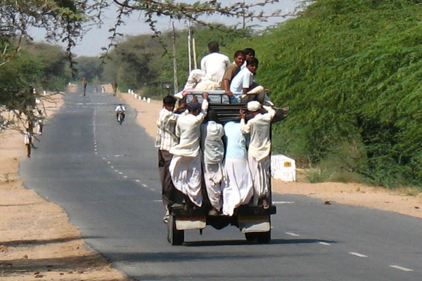Jeep taxi - West of Palanpur - Gujarat