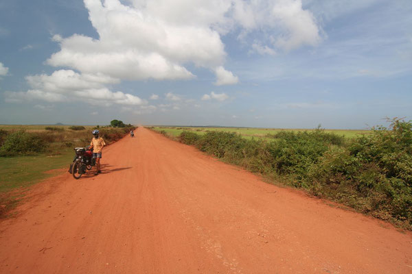 Road to Siem Reap - Northwestern Cambodia