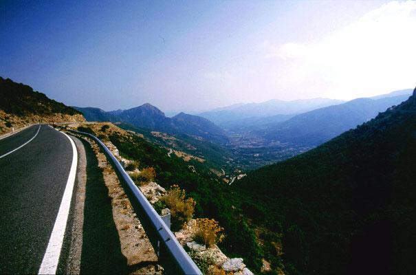 Near Genna Cruxi 900 m - Eastern Sardinia