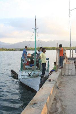 Chartering a sailing boat - Sape - Eastern Sumbawa