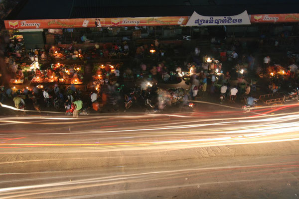 Battambang Night Market - Western Cambodia