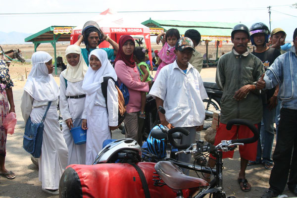 Locals gathering - Eastern Sumbawa