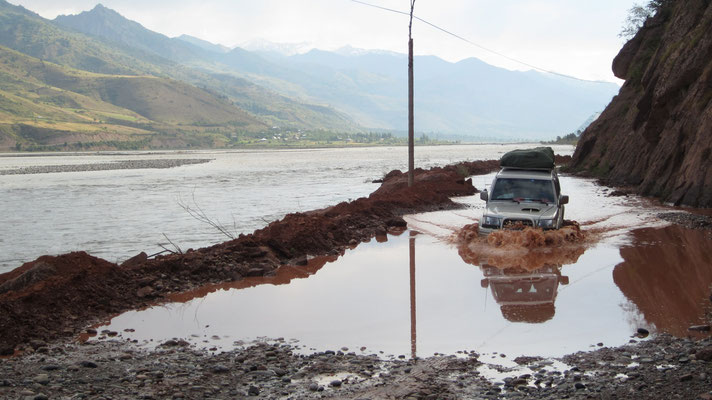 Floodings - Pamir Highway - Tajikistan