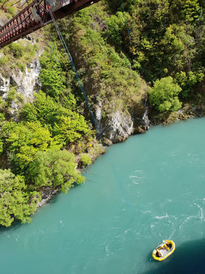 Kawarau Bridge - The world´s first commercial bungy site - South Island