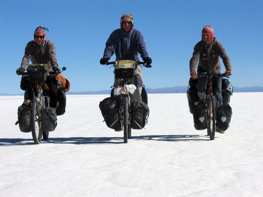 Me, Gerrit and Harald cycling Salar de Uyuni