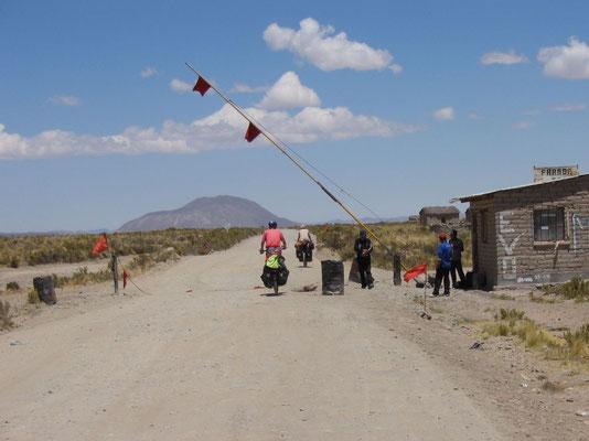 Approaching Salar de Uyuni - Potosi Province