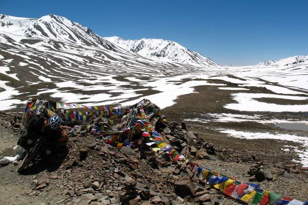 Baralacha La - 4,883 m - Manali-Leh-Highway - Himachal Pradesh