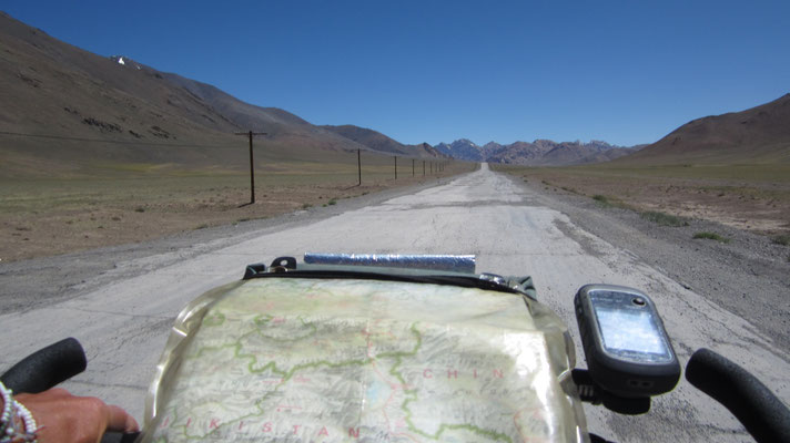 Cycling Pamir Highway - Tajikistan